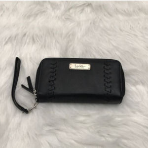 NICOLE MILLER BLACK LEATHER WALLET
